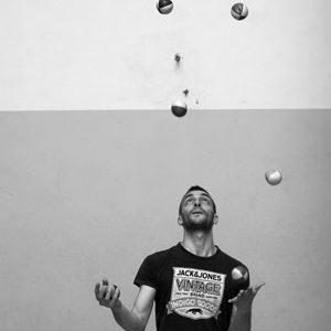 6-palle-giocoliere